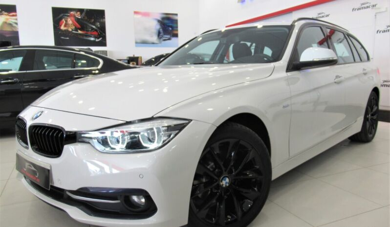 Bmw 320dA 190cv Touring sport shadow line!! Full led, nav, asientos calefactados!! Impecable unidad!!