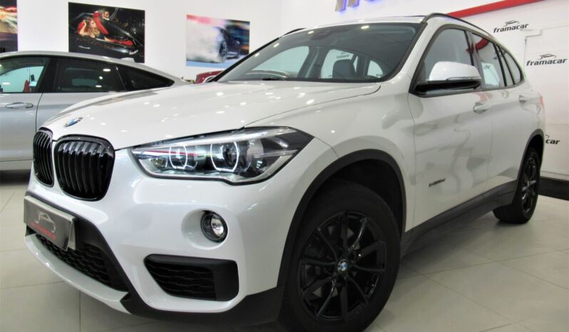 Bmw X1 sDRIVE 18dA 150CV shadow line!! Full led, nav, cuero, techo!! Impecable estado!!
