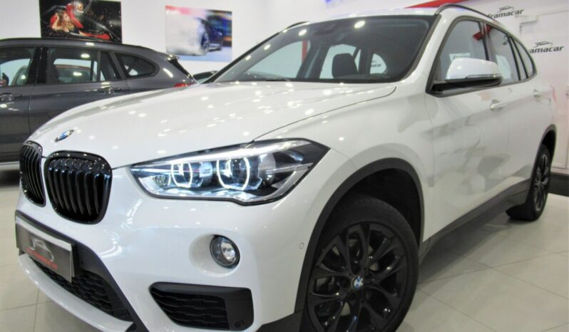 Bmw X1 Shadow line 18dA 150cv sDrive!! Full led, nav, cámara, asientos calefactables!! Impecable estado!!