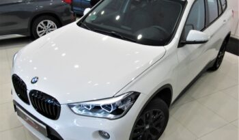 Bmw X1 Shadow line 18dA 150cv sDrive!! Full led, nav, cámara, asientos calefactables!! Impecable estado!! lleno
