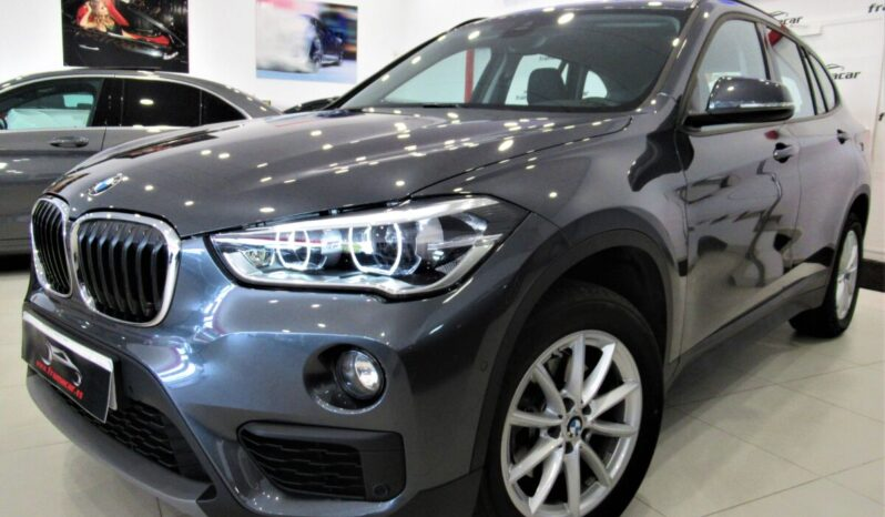Bmw X1 18dA sDrive 150cv!! Full led, nav, pdc, doble salida escape!! Impecable estado!!