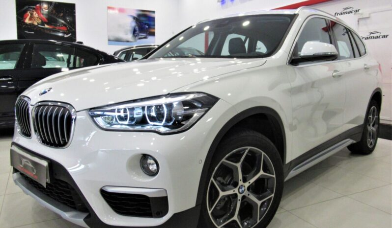 Bmw X1 18dA sDrive 150cv X-line!! Full led, navegación, display led, cámara marcha atrás!! Solo 9.990 km!!